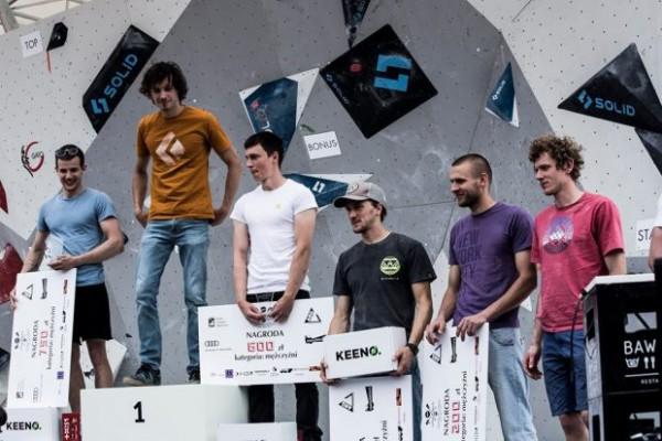 mistrzostwa-polski-2017-w-bouldeirngu-podium-mezczyzn-620x413